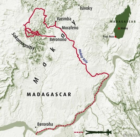 b41/madagascar.makay.pirogue.jpg