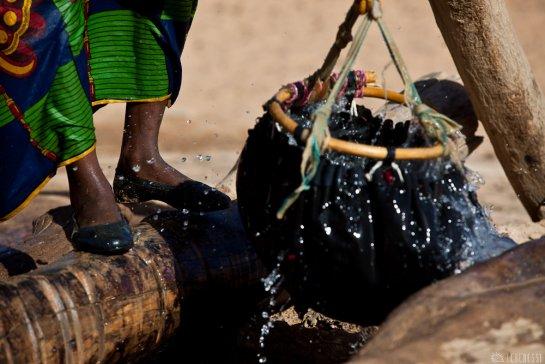 n147/tchad.ennedi.puits.6.jpg
