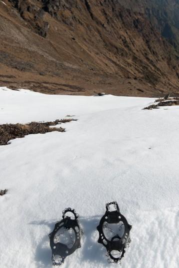 n355/ice.traction.crampons.4.jpg