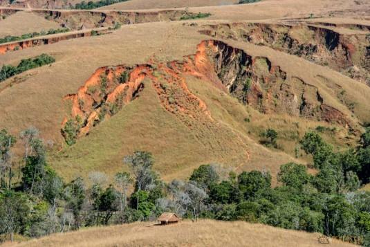 n532/parc.tsingy.trek.madagascar.bemaraha.part.1.2.jpg