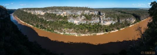 n539/tsingy.trek.madagascar.bemaraha.panoramique.7.jpg