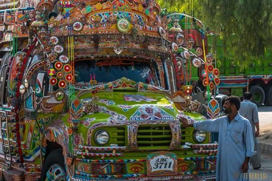 n587/pakistan.camion.peinture.baltoro.ski.tour.24.jpg