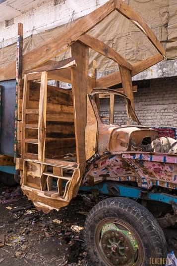 n587/pakistan.camion.peinture.baltoro.ski.tour.6.jpg