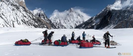 n588/pakistan.baltoro.ski.tour.k2.broad.peak.mitre.pulka.gasherbrum.25.jpg