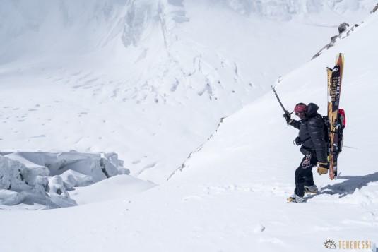 n656/Mustagh.East.Muztagh.pass.ski.tour.Pakistan.telemark.3.jpg