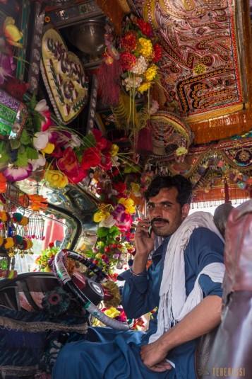 n657/Camion.Pakistan.Bus.peinture.2.jpg