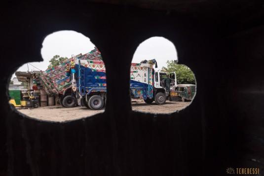 n657/Camion.Pakistan.Bus.peinture.22.jpg