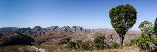 n660/Makay.trek.Madagascar.2017.exploration.6.jpg