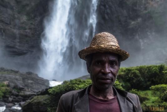 n663/Sakaleona.chutes.falls.Madagascar.trek.10.jpg