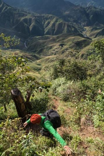 n663/Sakaleona.chutes.falls.Madagascar.trek.19.jpg