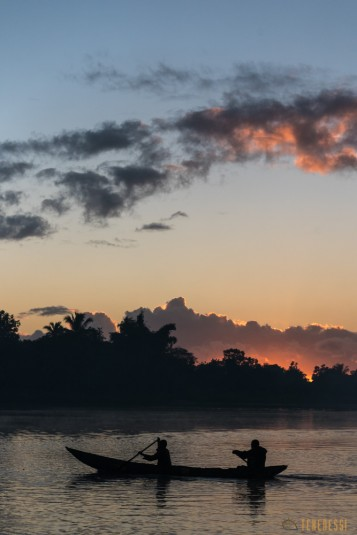 n667/Madagascar.Canal.Pangalane.sud.trek.Sakaleona.11.jpg