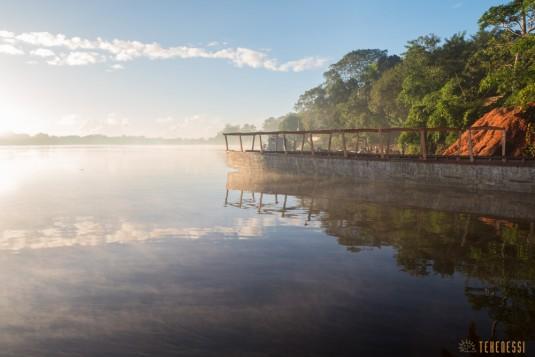 n667/Madagascar.Canal.Pangalane.sud.trek.Sakaleona.12.jpg