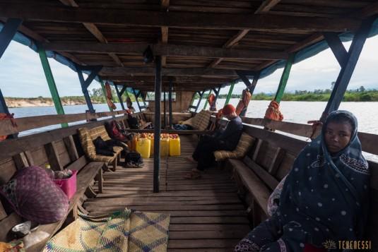 n667/Madagascar.Canal.Pangalane.sud.trek.Sakaleona.2.jpg