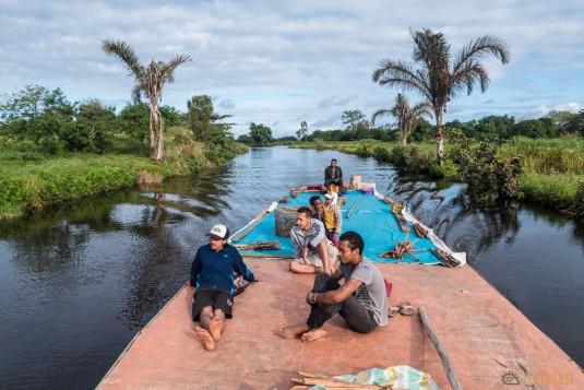 n667/Madagascar.Canal.Pangalane.sud.trek.Sakaleona.4.jpg