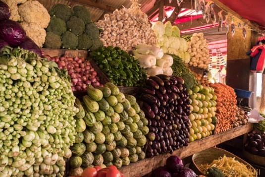 n668/Madagascar.marches.legumes.viandes.rhum.17.jpg