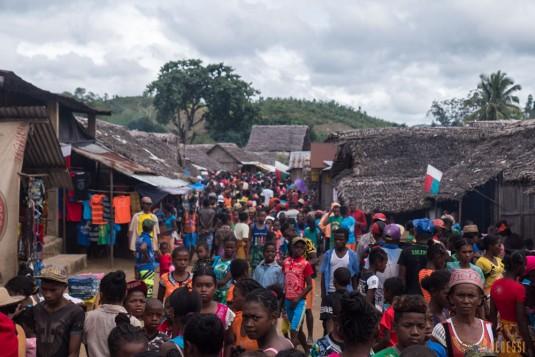 n668/Madagascar.marches.legumes.viandes.rhum.9.jpg