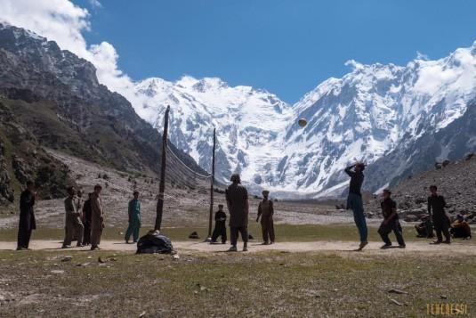 n708/Trek.Nanga.Parbat.Pakistan.Mazeno.pass.Diamir.12.jpg