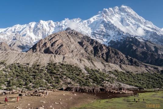 n708/Trek.Nanga.Parbat.Pakistan.Mazeno.pass.Diamir.3.jpg