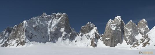 n745/Nepal.Pakistan.Shimshal.Hispar.Biafo.Snow.lake.11.jpg