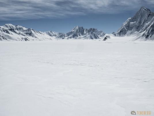 n745/Nepal.Pakistan.Shimshal.Hispar.Biafo.Snow.lake.12.jpg