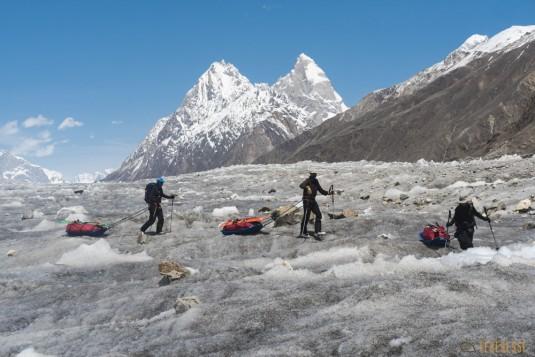 n745/Nepal.Pakistan.Shimshal.Hispar.Biafo.Snow.lake.17.jpg