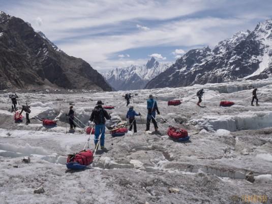 n745/Nepal.Pakistan.Shimshal.Hispar.Biafo.Snow.lake.18.jpg