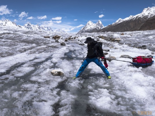 n745/Nepal.Pakistan.Shimshal.Hispar.Biafo.Snow.lake.20.jpg