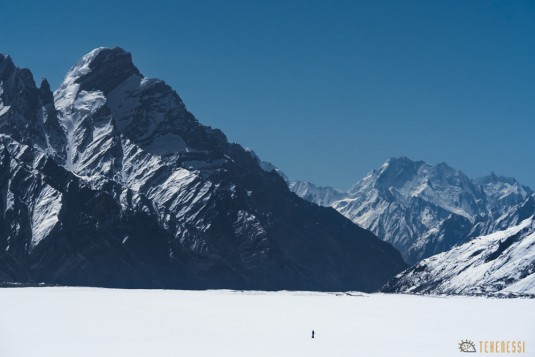n745/Nepal.Pakistan.Shimshal.Hispar.Biafo.Snow.lake.27.jpg