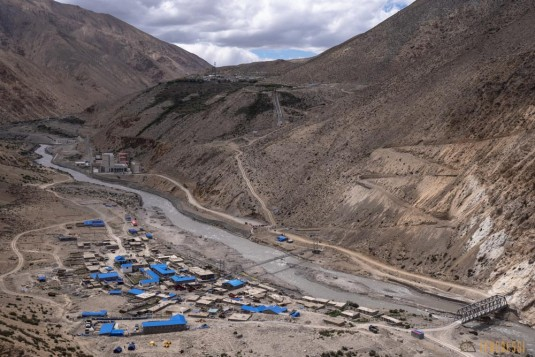 n761/Kailash.Far.West.Nepal.trek.Saipal.Hilsa.20.jpg
