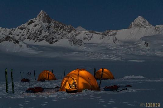 n820/Ski.Hindu.kush.Chiantar.glacier.Chitral.Borogil.Pakistan.travel.20.jpg