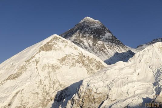 n871/Everest.Khumbu.Lotse.Nputse.Boiveau.Tekenessi.GHT.Nepal.14.jpg