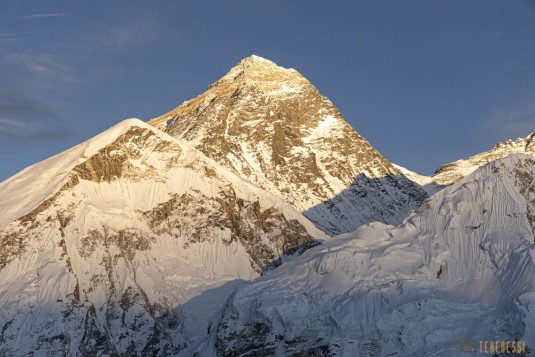 n871/Everest.Khumbu.Lotse.Nputse.Boiveau.Tekenessi.GHT.Nepal.15.jpg