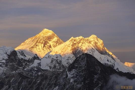 n871/Everest.Khumbu.Lotse.Nputse.Boiveau.Tekenessi.GHT.Nepal.7.jpg