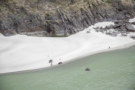 n905/Shimshal.Lukpe.la.Snow.lake.Biafo.Ski.expedition.1.jpg