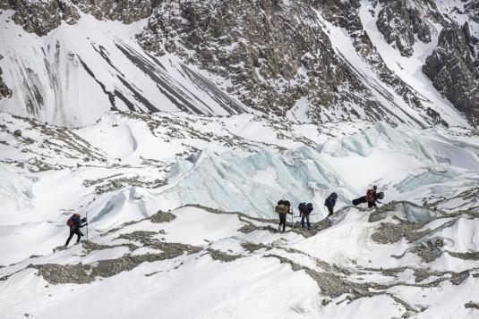 n905/Shimshal.Lukpe.la.Snow.lake.Biafo.Ski.expedition.9.jpg