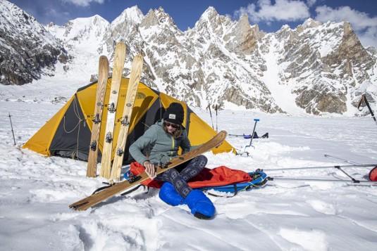 n908/Rabbit.on.the.Roof.Peter.Steltzner.Chamonix.Shimshal.Lukpe.la.Snow.lake.Biafo.Ski.expedition.15.jpg
