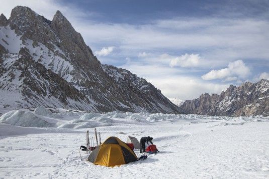 n908/Rabbit.on.the.Roof.Peter.Steltzner.Chamonix.Shimshal.Lukpe.la.Snow.lake.Biafo.Ski.expedition.2.jpg
