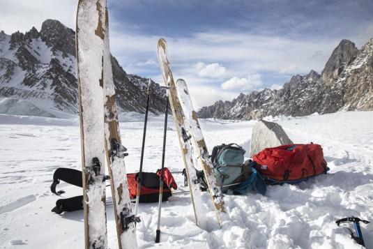 n908/Rabbit.on.the.Roof.Peter.Steltzner.Chamonix.Shimshal.Lukpe.la.Snow.lake.Biafo.Ski.expedition.3.jpg