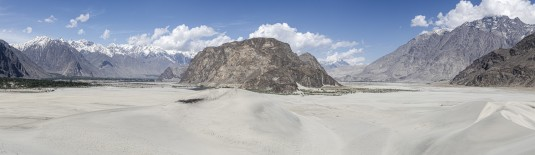 n912/Skardu.dune.Katpana.baltoro.Pakistan.1.jpg