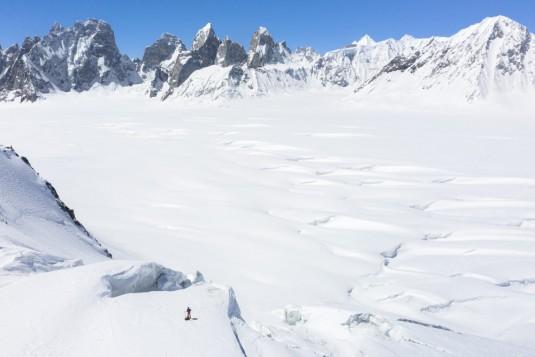 n913/Drone.TraverseI.e.Ski.Shimshal.Lukpe.la.Snow.Lake.Askole.Pakistan.5.jpg