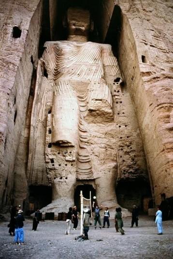 n920/Bouddhas.geants.de.Bamiyan.Mc.Curry.jpg